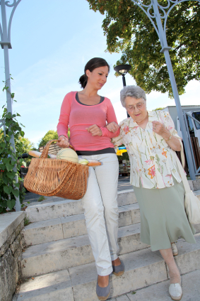 Home Care Services in Charlotte, NC: Ideas to Help Seniors Make the Most of Springtime