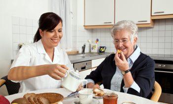 5 Eating Tips for Your Elderly Loved One