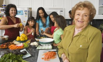 Food Safety Tips for Seniors: Cooking Chicken the Right Way