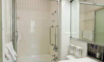 Tips for Making Bath Time with a Senior with Alzheimer's Easier