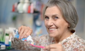 Helping your Aging Parent Take Care of Their Teeth and Mouth