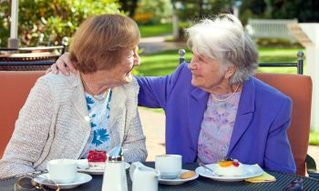 Tips for Encouraging Independence in a Senior with Early Stage Alzheimer's Disease
