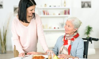 Mealtime Tips to Help a Senior with Alzheimer's Disease Get Proper Nutrition