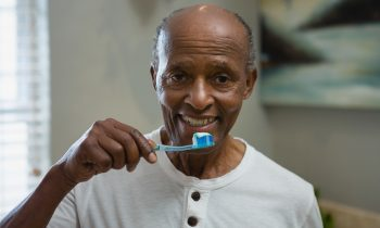 Does Your Elderly Loved One Have Gingivitis?
