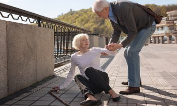 Tips to Help Your Elderly Loved One Lower Their Fall Risk