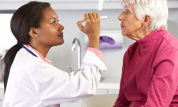 Five Tips to Help Your Senior to Maintain Her Eye Health